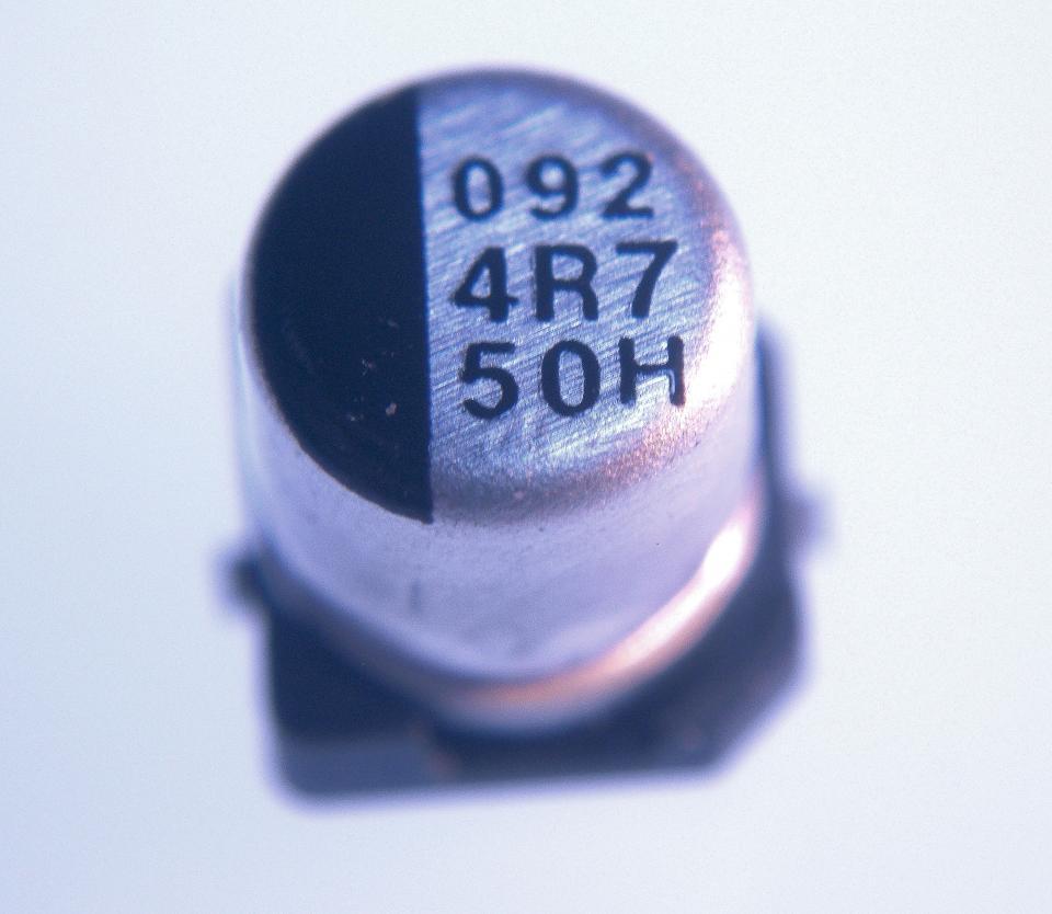 Smt Aluminum Capacitor 4 7uf 50v Nightfire